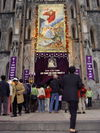 Pope_mass_outside_view